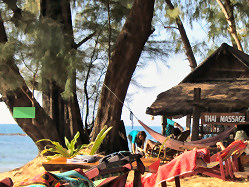 Green Beach: Strand mit Thai Massage